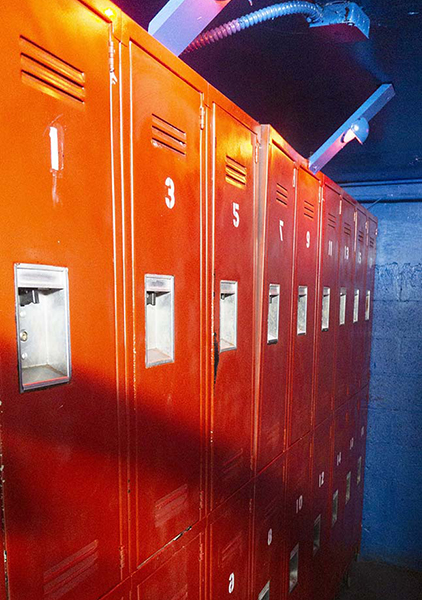 large lockers 01