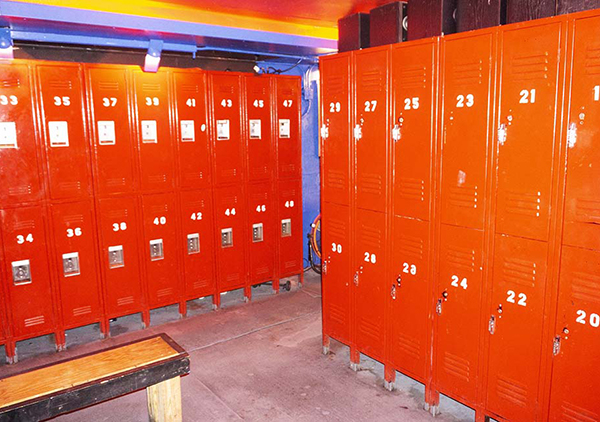 large lockers 02